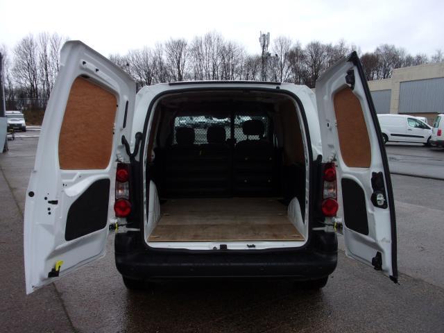 2016 Peugeot Partner 850 1.6 Bluehdi 100 Professional Van [Non Ss] (NV66KZX) Image 21