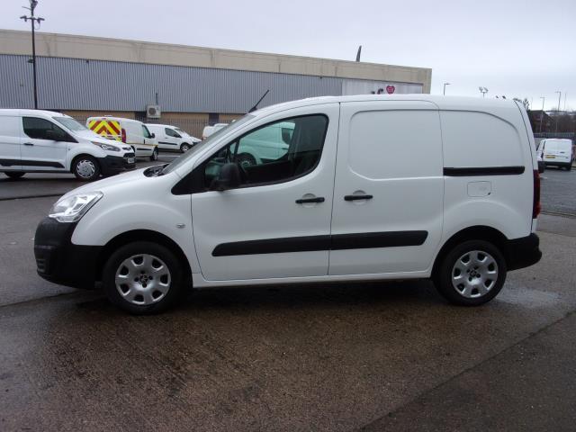 2016 Peugeot Partner 850 1.6 Bluehdi 100 Professional Van [Non Ss] (NV66KZX) Image 15