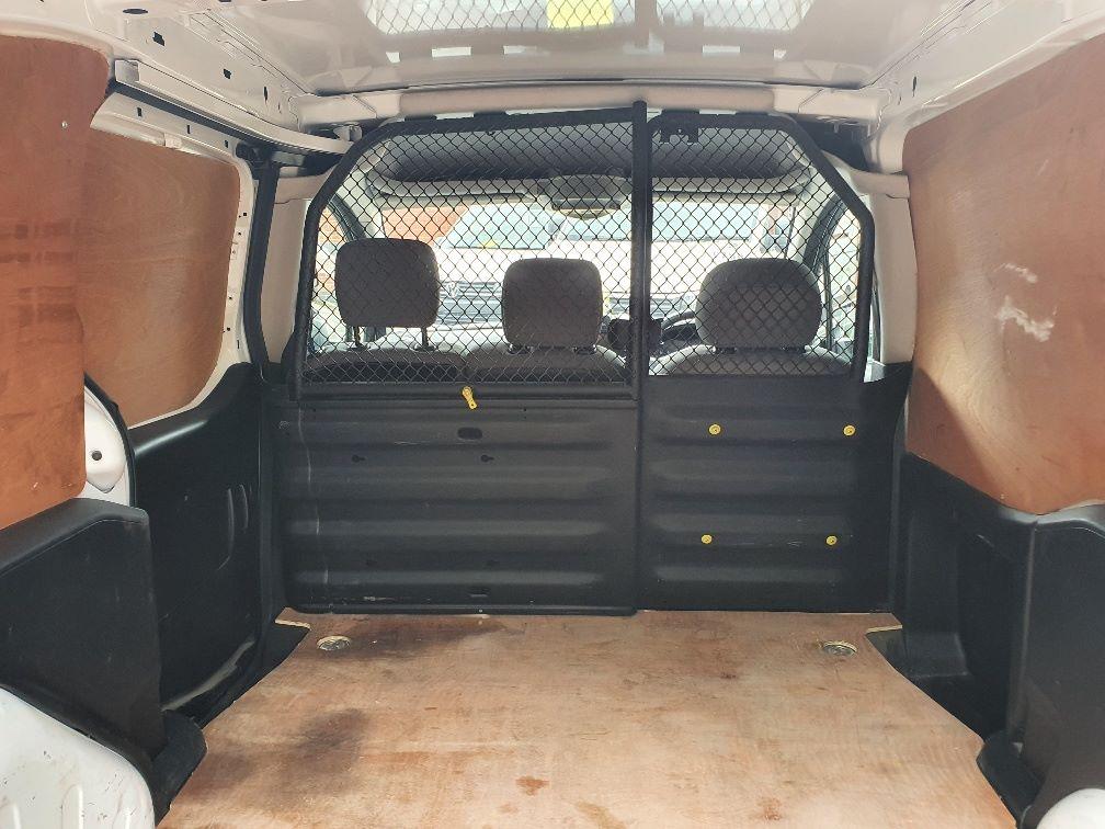 2016 Peugeot Partner 850 1.6 Bluehdi 100 Professional Van [Non Ss] (NV66LAA) Image 10
