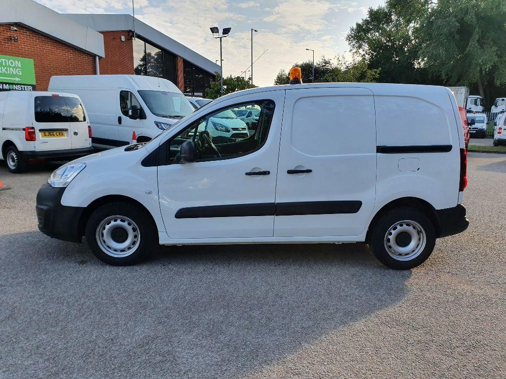 2017 Peugeot Partner 850 S 1.6 Hdi 92 Van [Sld] (NV66RYK) Image 12