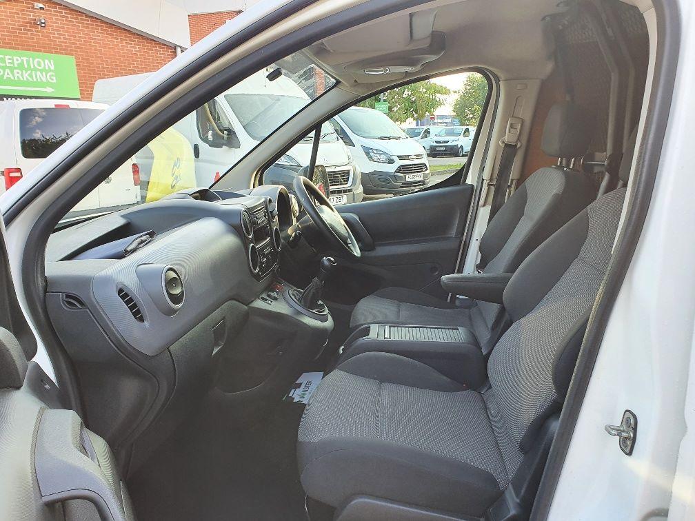 2017 Peugeot Partner 850 S 1.6 Hdi 92 Van [Sld] (NV66RYK) Image 14