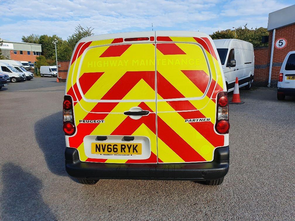 2017 Peugeot Partner 850 S 1.6 Hdi 92 Van [Sld] (NV66RYK) Image 9