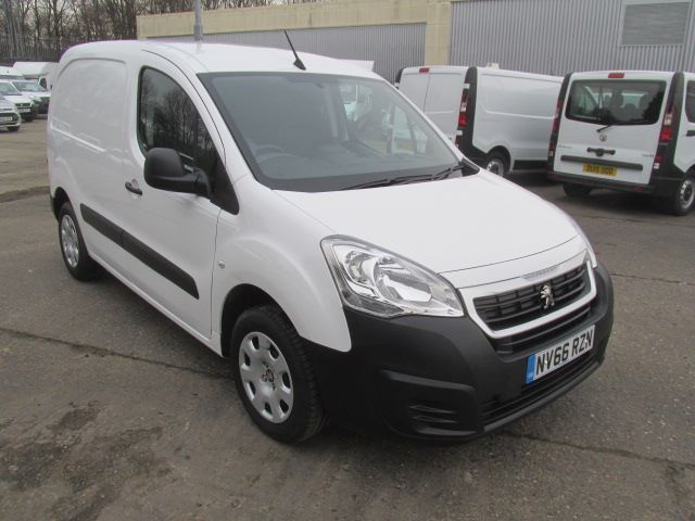 2017 Peugeot Partner L1 850 1.6 Bluehdi 100PS Professional Van [Non S/S] (NV66RZN)
