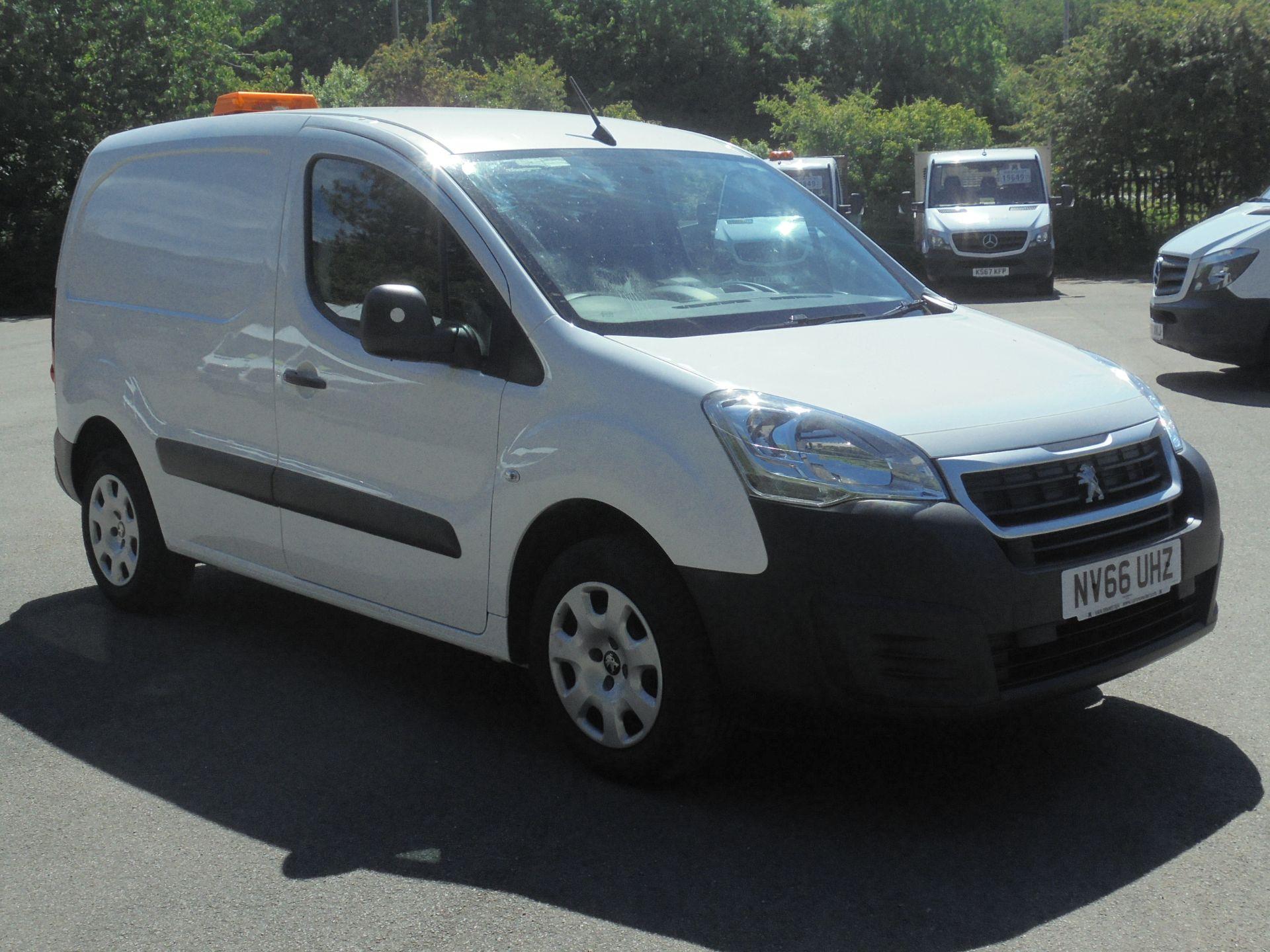 2017 Peugeot Partner 850 1.6 Bluehdi 100 Professional Van [Non Ss] (NV66UHZ)