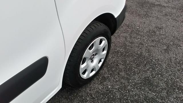 2017 Peugeot Partner 850 1.6 Bluehdi 100 Professional Van [Non Ss] (NV66WZD) Image 11