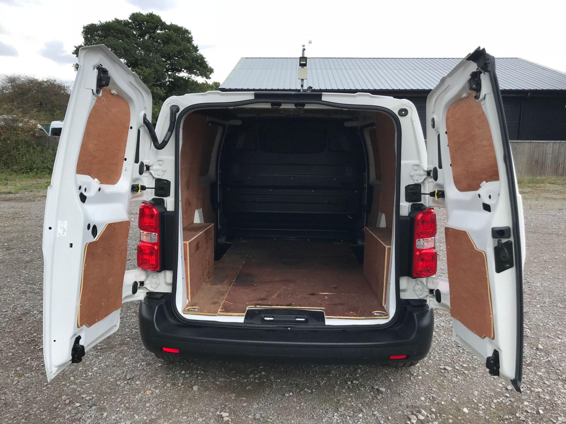 2017 Peugeot Expert 1000 1.6 Bluehdi 95 S Van (NV66XBF) Image 13