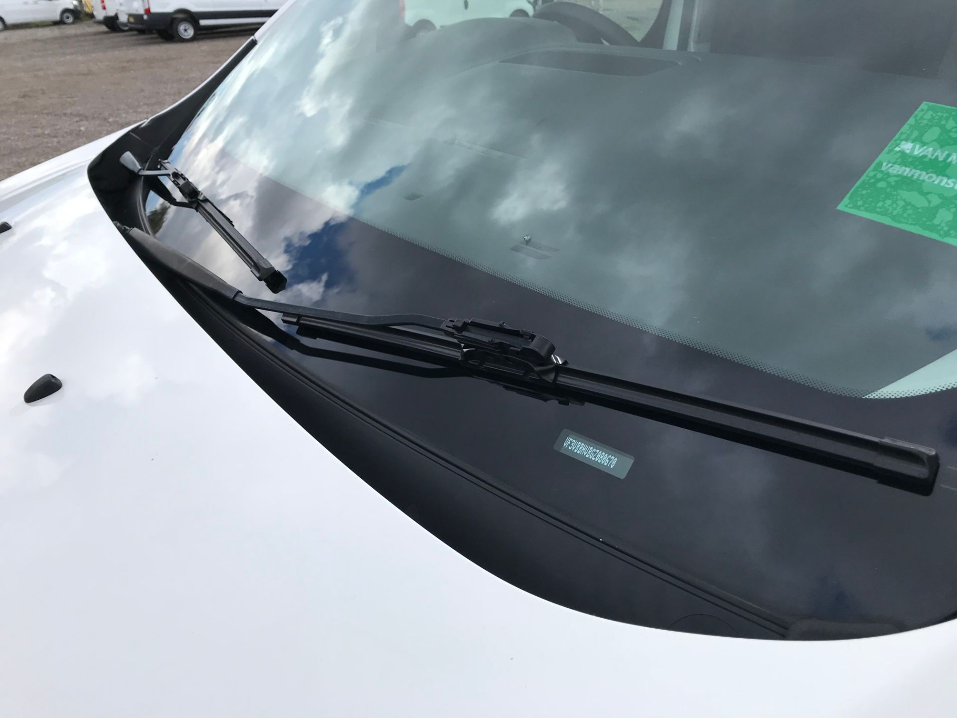 2017 Peugeot Expert 1000 1.6 Bluehdi 95 S Van (NV66XBF) Image 35