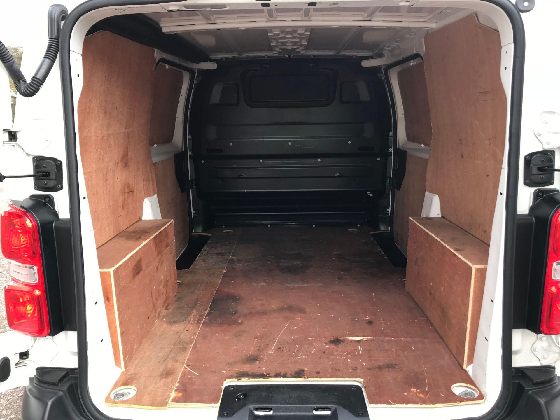 2017 Peugeot Expert 1000 1.6 Bluehdi 95 S Van (NV66XBF) Image 14