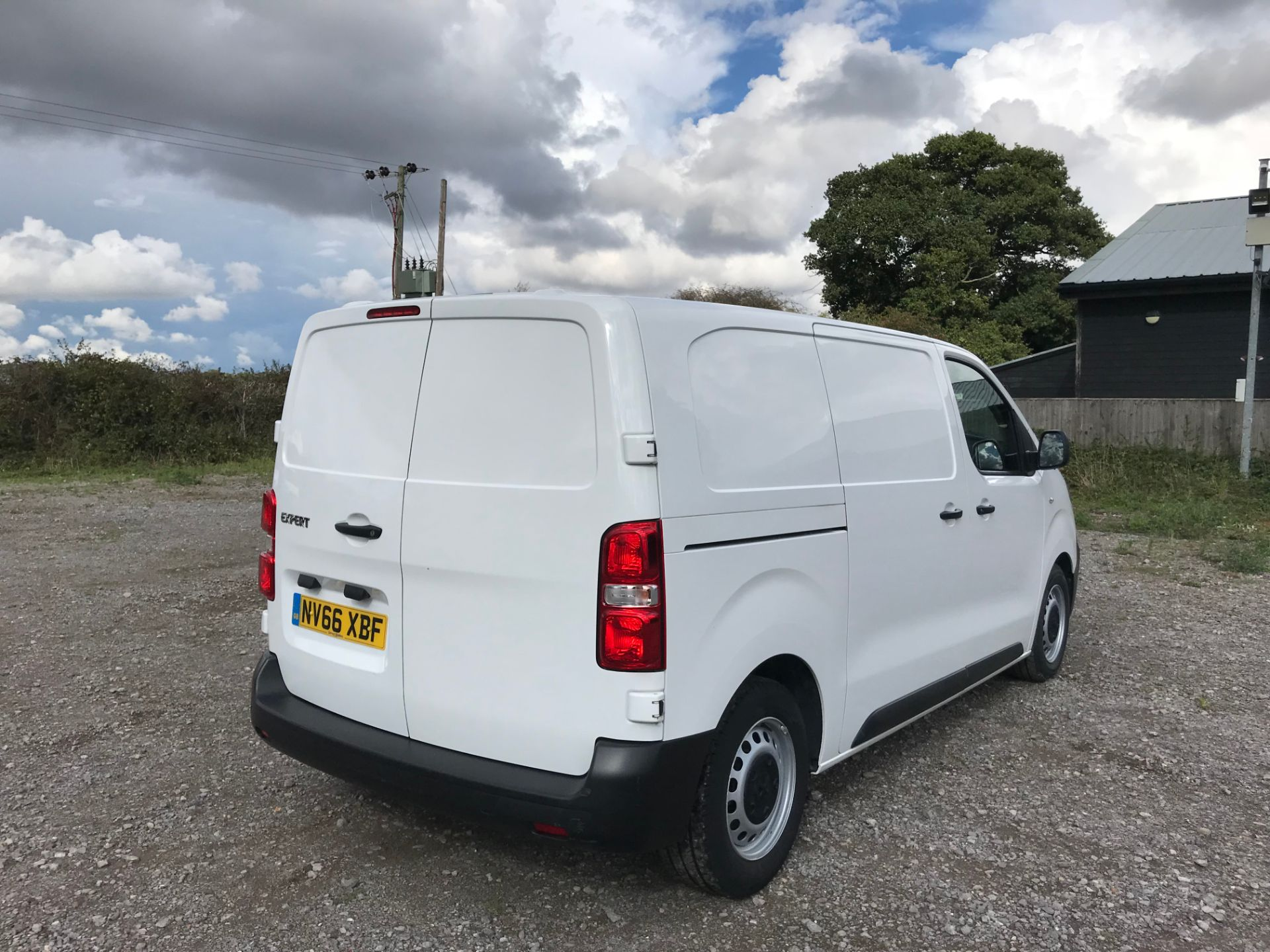 2017 Peugeot Expert 1000 1.6 Bluehdi 95 S Van (NV66XBF) Image 4