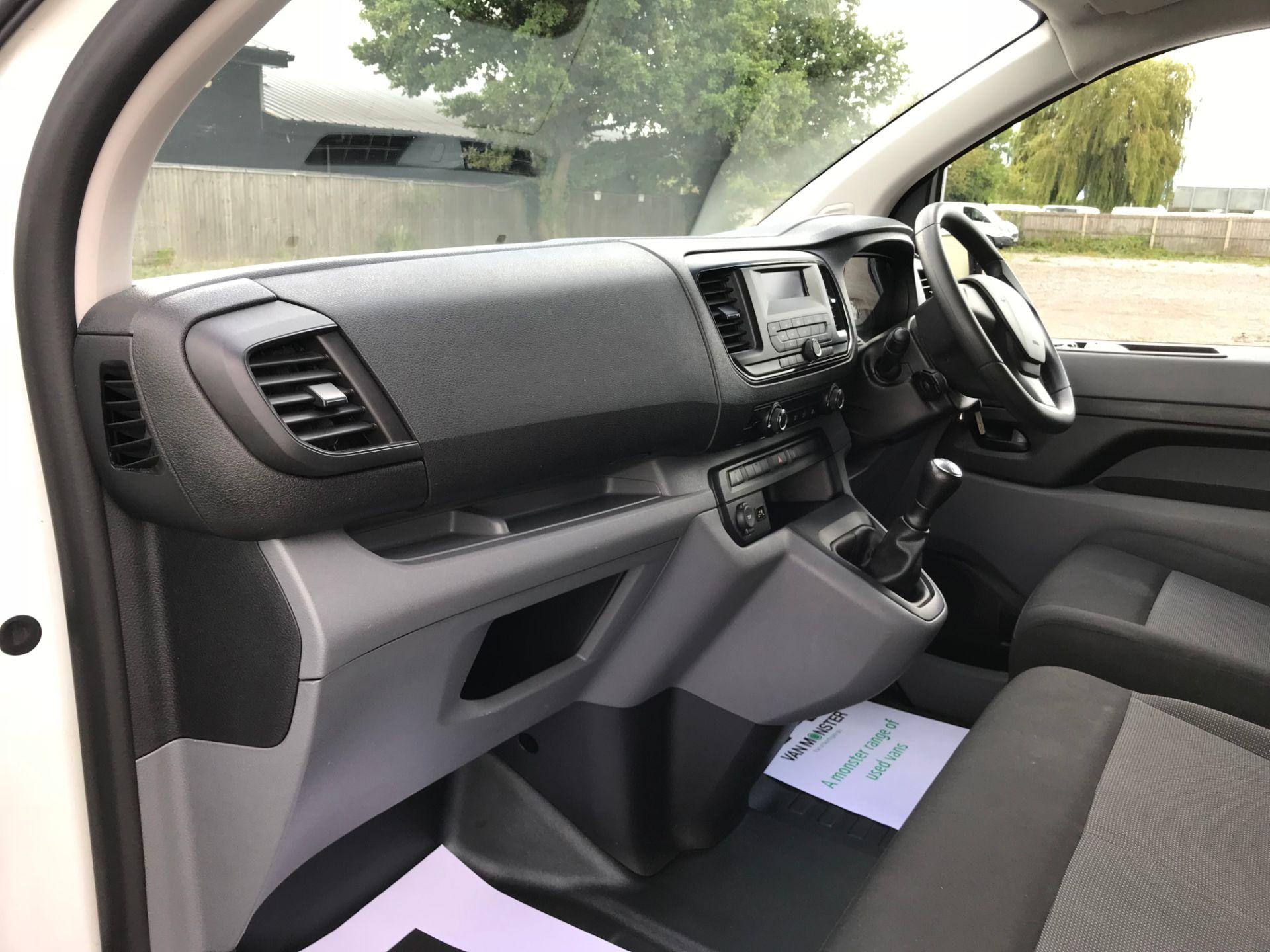 2017 Peugeot Expert 1000 1.6 Bluehdi 95 S Van (NV66XBF) Image 18