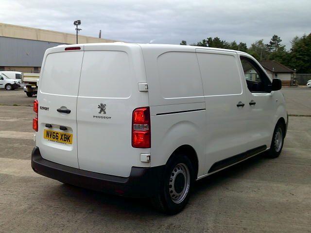 2017 Peugeot Expert 1000 1.6 Bluehdi 95 S Van (NV66XBK) Image 10