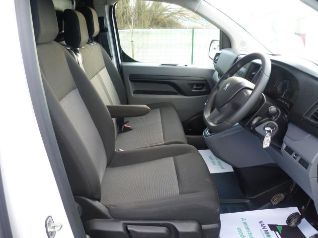 2017 Peugeot Expert STANDARD 1000 1.6 BLUEHDI 95 S EURO 6 (NV66XEF) Image 19