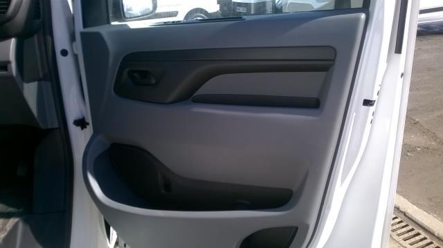 2017 Peugeot Expert  STANDARD 1000 1.6 BLUEHDI 95 S EURO 6 (NV66XHN) Image 14