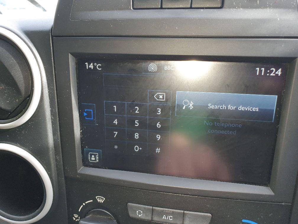 2017 Peugeot Partner 850 1.6 Bluehdi 100 Professional Van [Non Ss] (NV66XLJ) Image 24