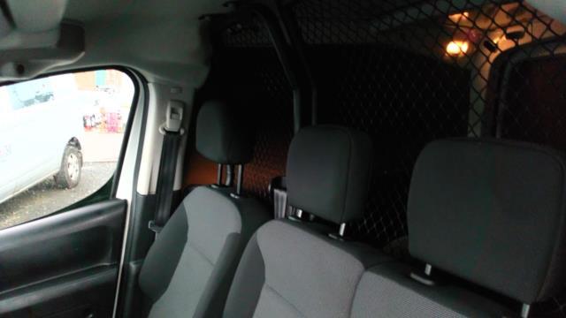 2017 Peugeot Partner 850 1.6 Bluehdi 100 Professional Van [Non Ss] (NV66XLL) Image 10