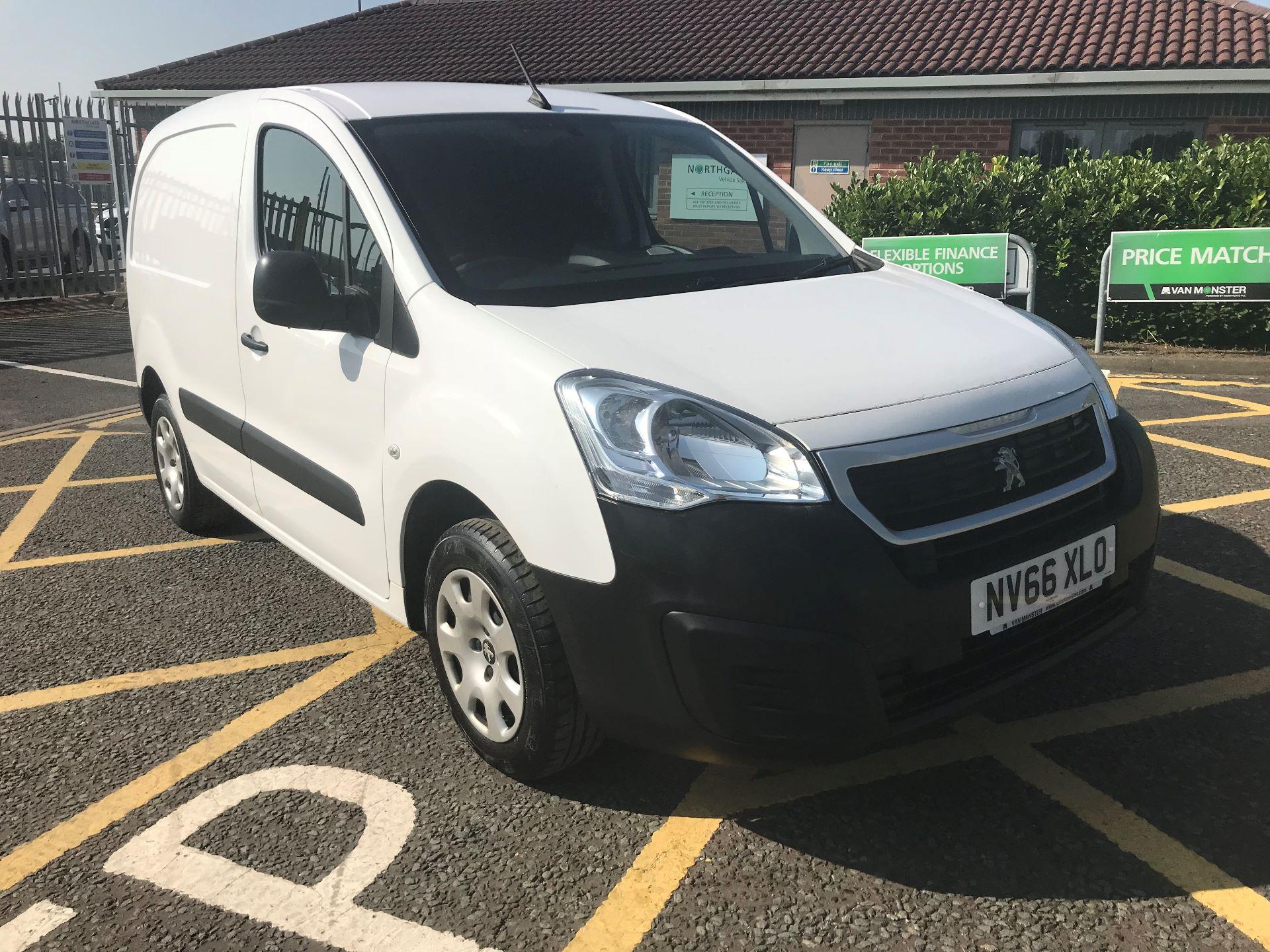 2017 Peugeot Partner 850 1.6 Bluehdi 100 Professional Van [Non Ss] (NV66XLO) Image 1