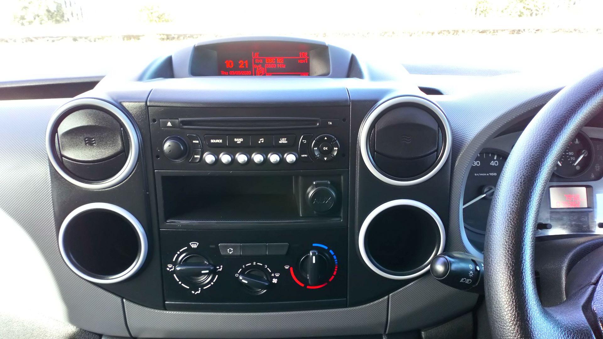 2017 Peugeot Partner 850 S 1.6 Bluehdi 100 Van [Sld] (NV66XMR) Image 16