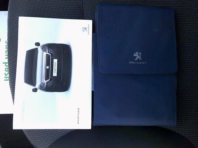 2017 Peugeot Partner L1 850 1.6 BLUEHDI 100PS PROFESSIONAL VAN (NON S/S) EURO 6 (NV66XWO) Image 25