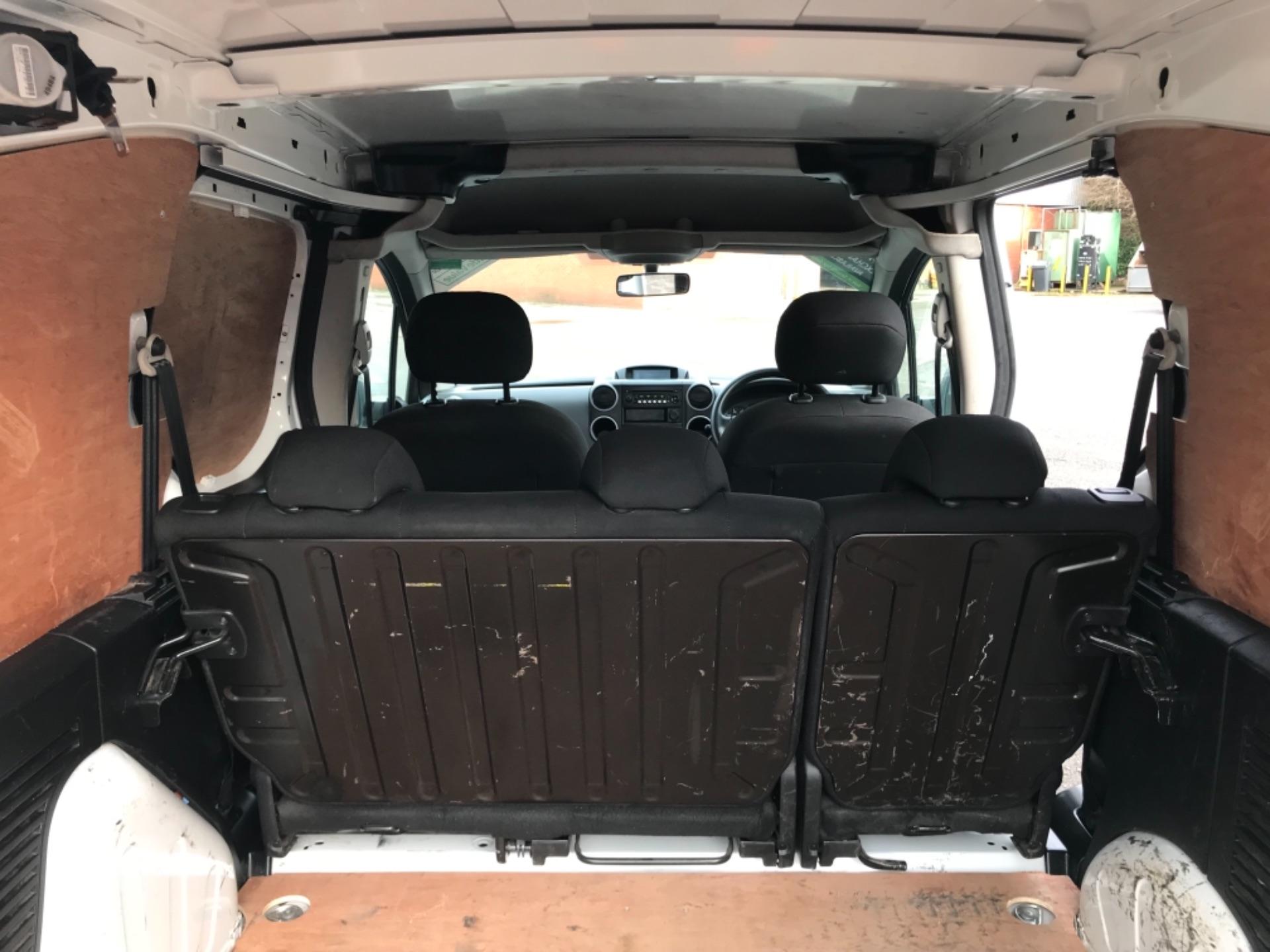 2017 Peugeot Partner  L2 715 S 1.6 BLUEHDI 100 CREW VAN EURO 6 (NV67AAK) Image 34