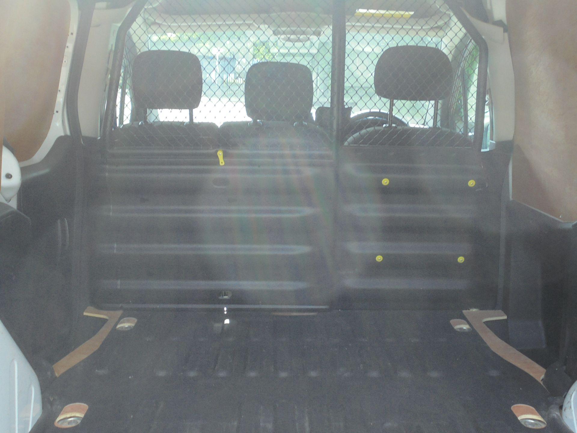 2017 Peugeot Partner 850 1.6 Bluehdi 100 Professional Van [Non Ss] (NV67ABU) Image 10