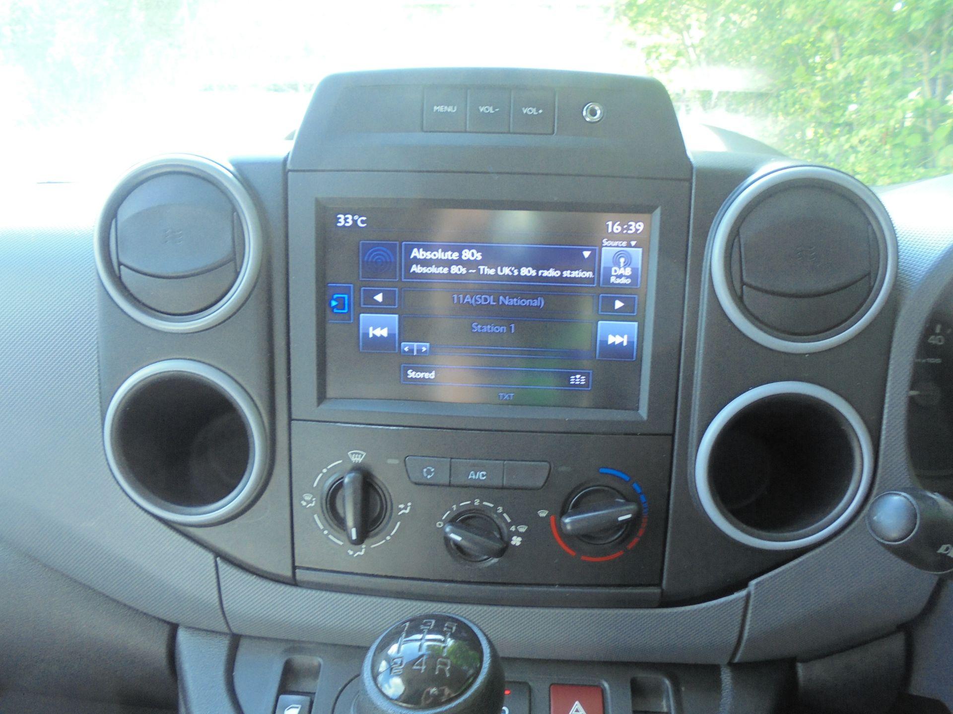 2017 Peugeot Partner 850 1.6 Bluehdi 100 Professional Van [Non Ss] (NV67ABU) Image 14
