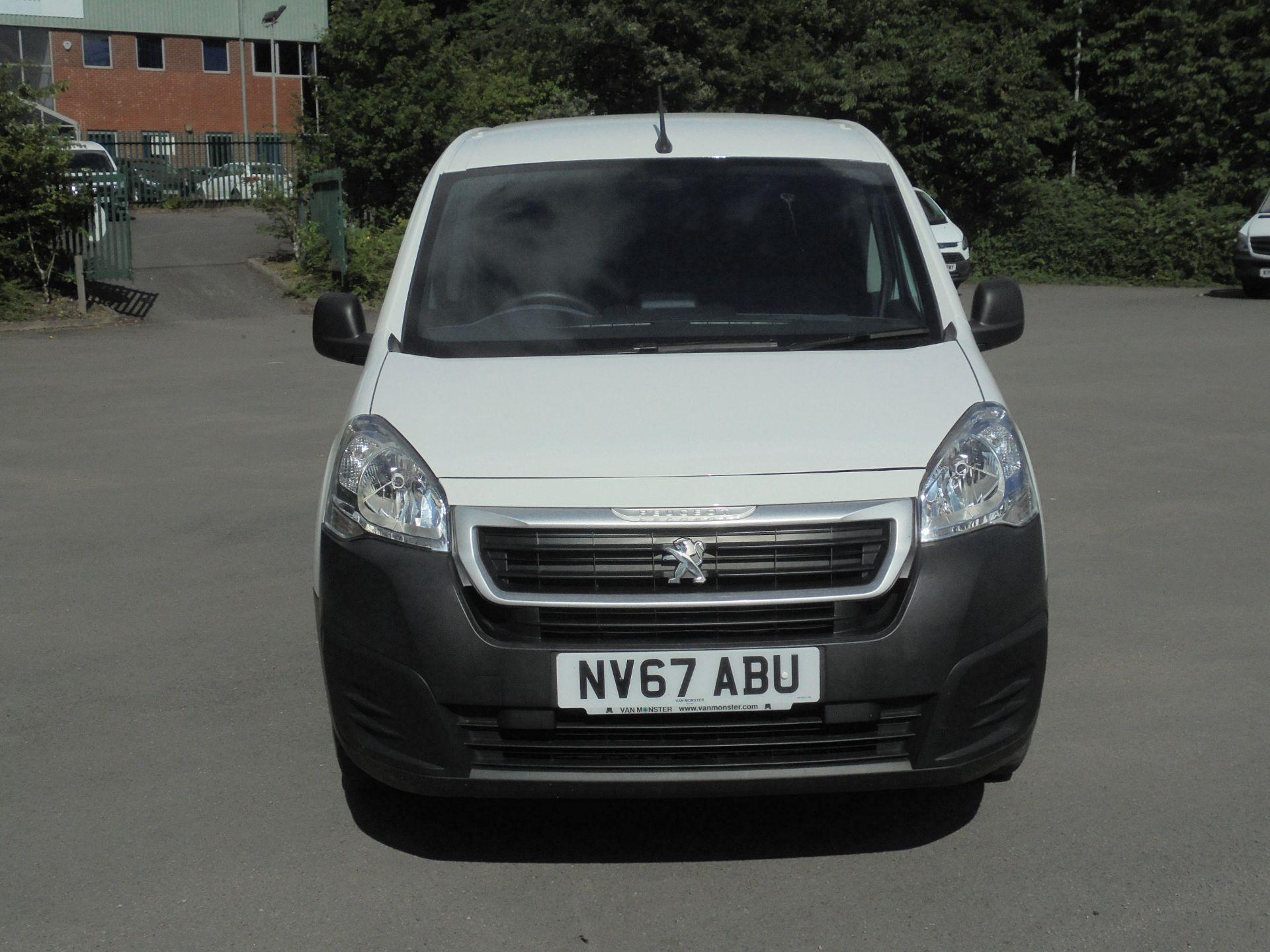 2017 Peugeot Partner 850 1.6 Bluehdi 100 Professional Van [Non Ss] (NV67ABU) Image 2