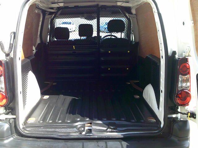 2018 Peugeot Partner 850 1.6 Bluehdi 100 Professional Van [Non Ss] (NV67AFA) Image 7