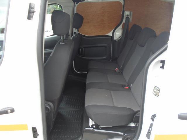 2017 Peugeot Partner 715 S 1.6 Bluehdi 100 Crew Van *EURO 6* (NV67BXE) Image 13