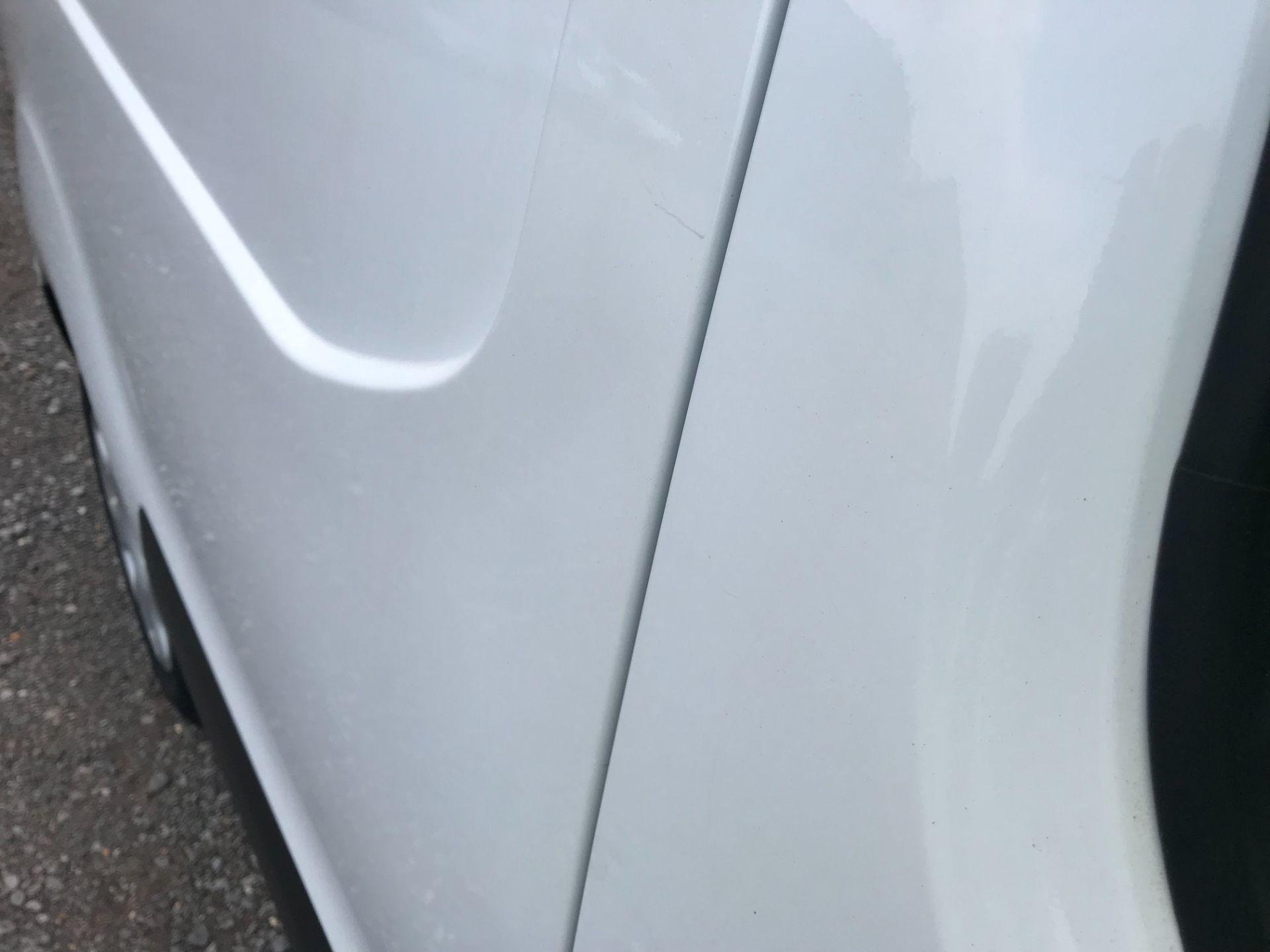 2017 Peugeot Partner 850 1.6 Bluehdi 100 Professional Van [Non Ss] EURO 6 (NV67EUX) Image 31