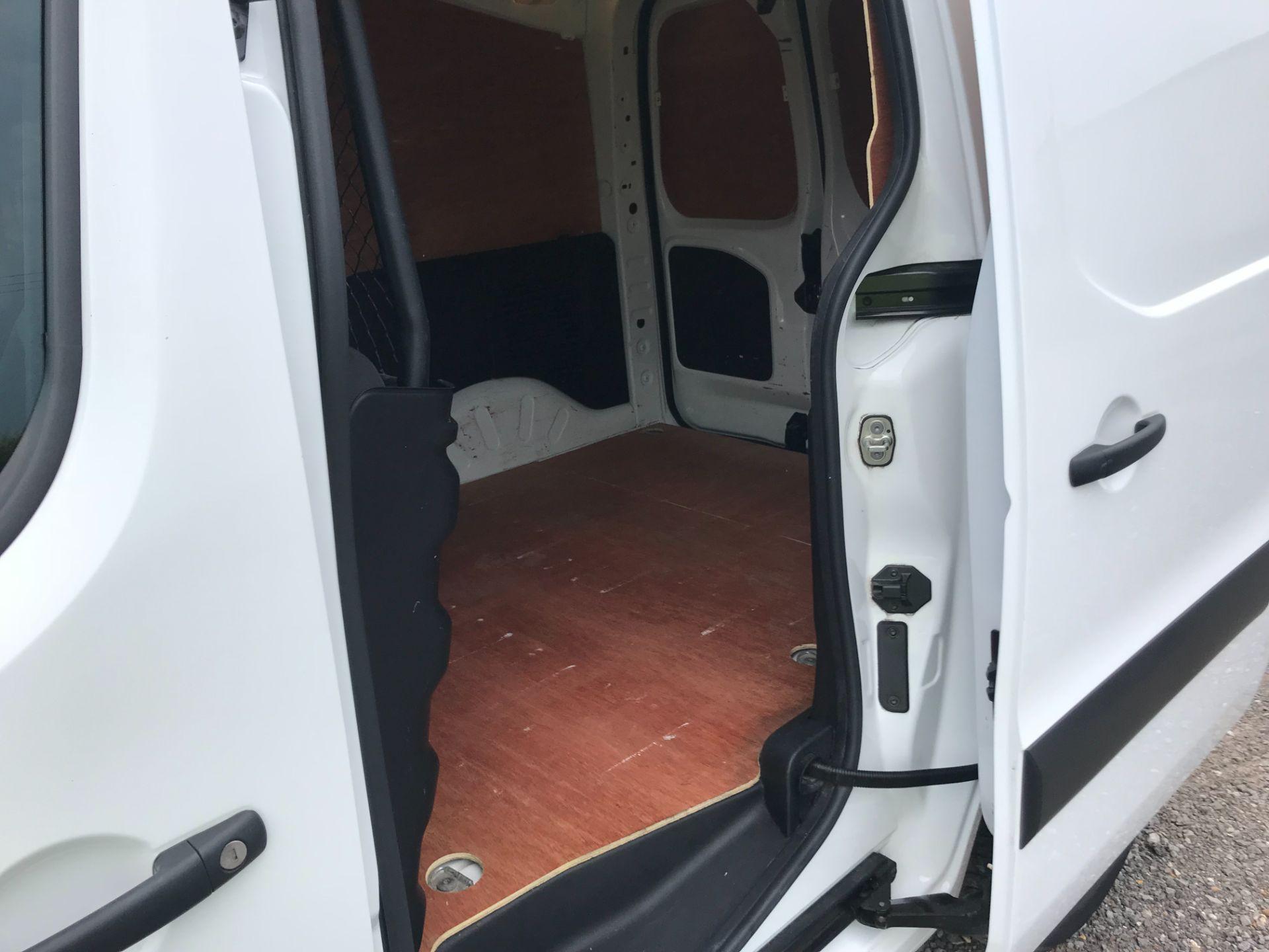 2017 Peugeot Partner 850 1.6 Bluehdi 100 Professional Van [Non Ss] EURO 6 (NV67EUX) Image 10