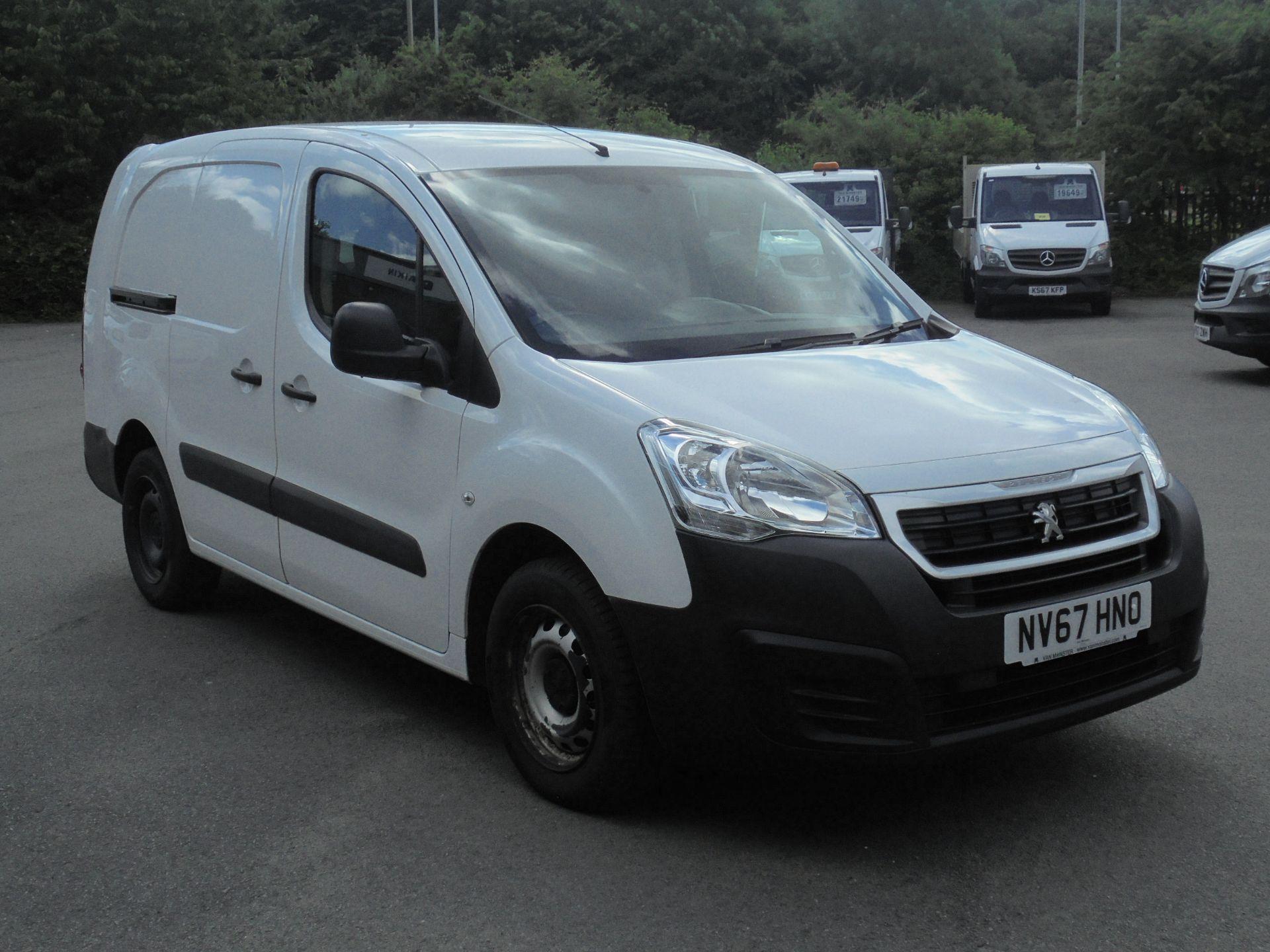 2018 Peugeot Partner 715 S 1.6 Bluehdi 100 Crew Van (NV67HNO)