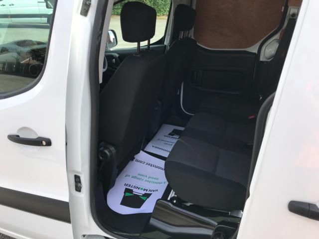2018 Peugeot Partner 715 S 1.6 Bluehdi 100 Crew Van Euro 6 - Speed Limiter 70mph (NV67HNR) Image 30