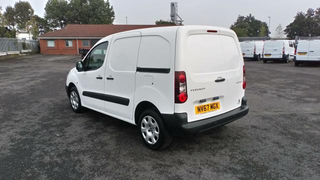 2018 Peugeot Partner 850 1.6 Bluehdi 100 Professional Van [Non Ss] (NV67MGX) Image 5
