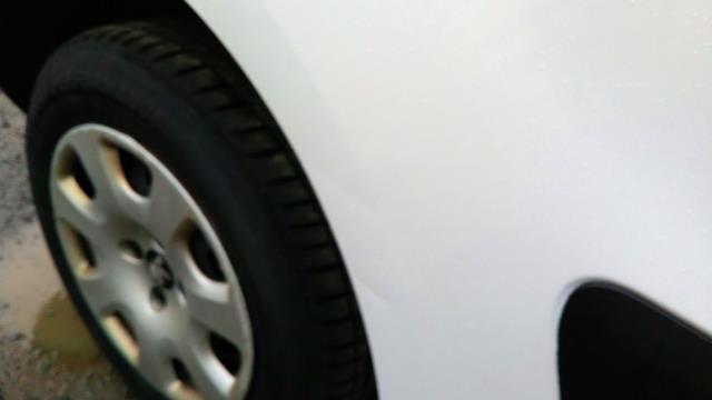 2018 Peugeot Partner 850 1.6 Bluehdi 100 Professional Van [Non Ss] (NV67NGJ) Image 14