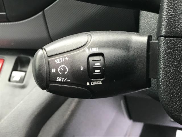 2018 Peugeot Partner 850 1.6 Bluehdi 100 Professional Van [Non Ss] Euro 6 (NV67NYF) Image 22