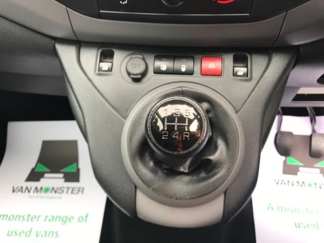2018 Peugeot Partner 850 1.6 Bluehdi 100 Professional Van [Non Ss] Euro 6 (NV67NYF) Image 31