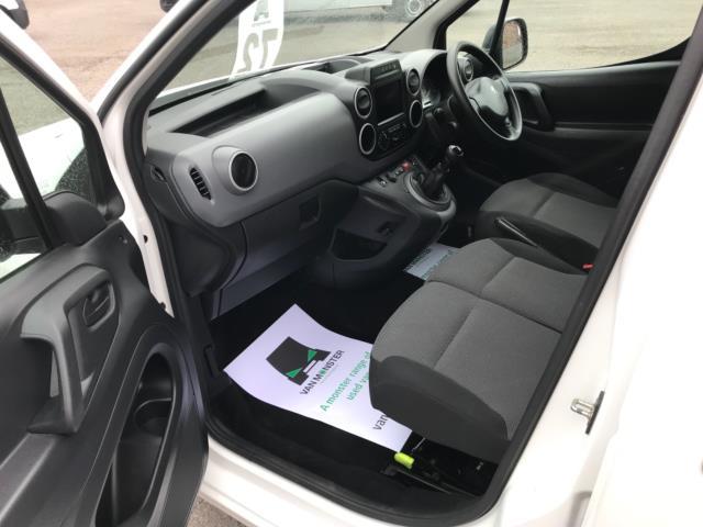 2018 Peugeot Partner 850 1.6 Bluehdi 100 Professional Van [Non Ss] Euro 6 (NV67NYF) Image 15