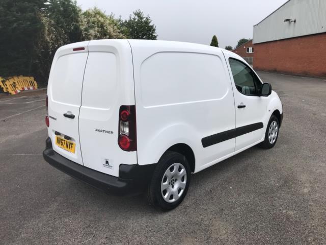 2018 Peugeot Partner 850 1.6 Bluehdi 100 Professional Van [Non Ss] Euro 6 (NV67NYF) Image 7
