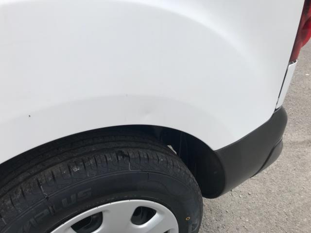 2018 Peugeot Partner 850 1.6 Bluehdi 100 Professional Van [Non Ss] Euro 6 (NV67NYF) Image 44