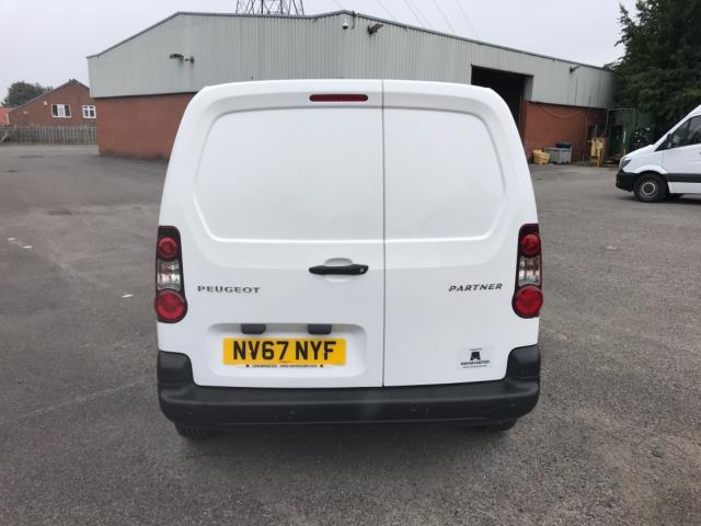 2018 Peugeot Partner 850 1.6 Bluehdi 100 Professional Van [Non Ss] Euro 6 (NV67NYF) Image 6