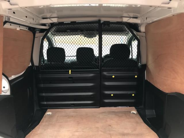 2018 Peugeot Partner 850 1.6 Bluehdi 100 Professional Van [Non Ss] Euro 6 (NV67NYF) Image 38