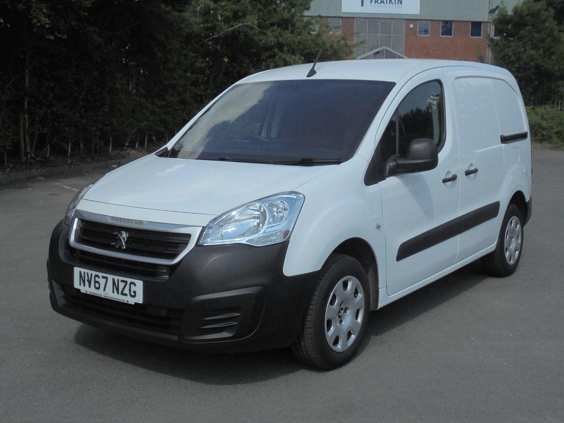 2018 Peugeot Partner 850 1.6 Bluehdi 100 Professional Van [Non Ss] (NV67NZG) Image 3