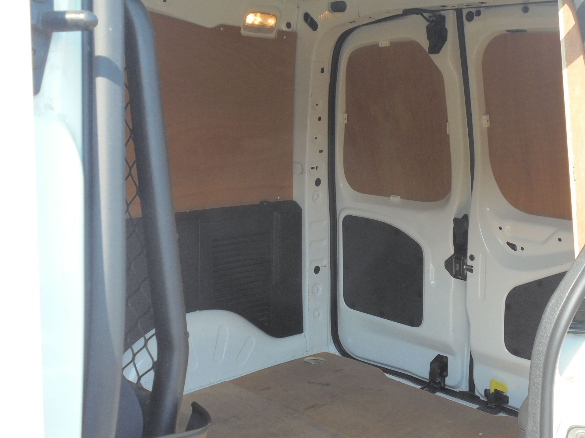 2018 Peugeot Partner 850 1.6 Bluehdi 100 Professional Van [Non Ss] (NV67NZG) Image 7