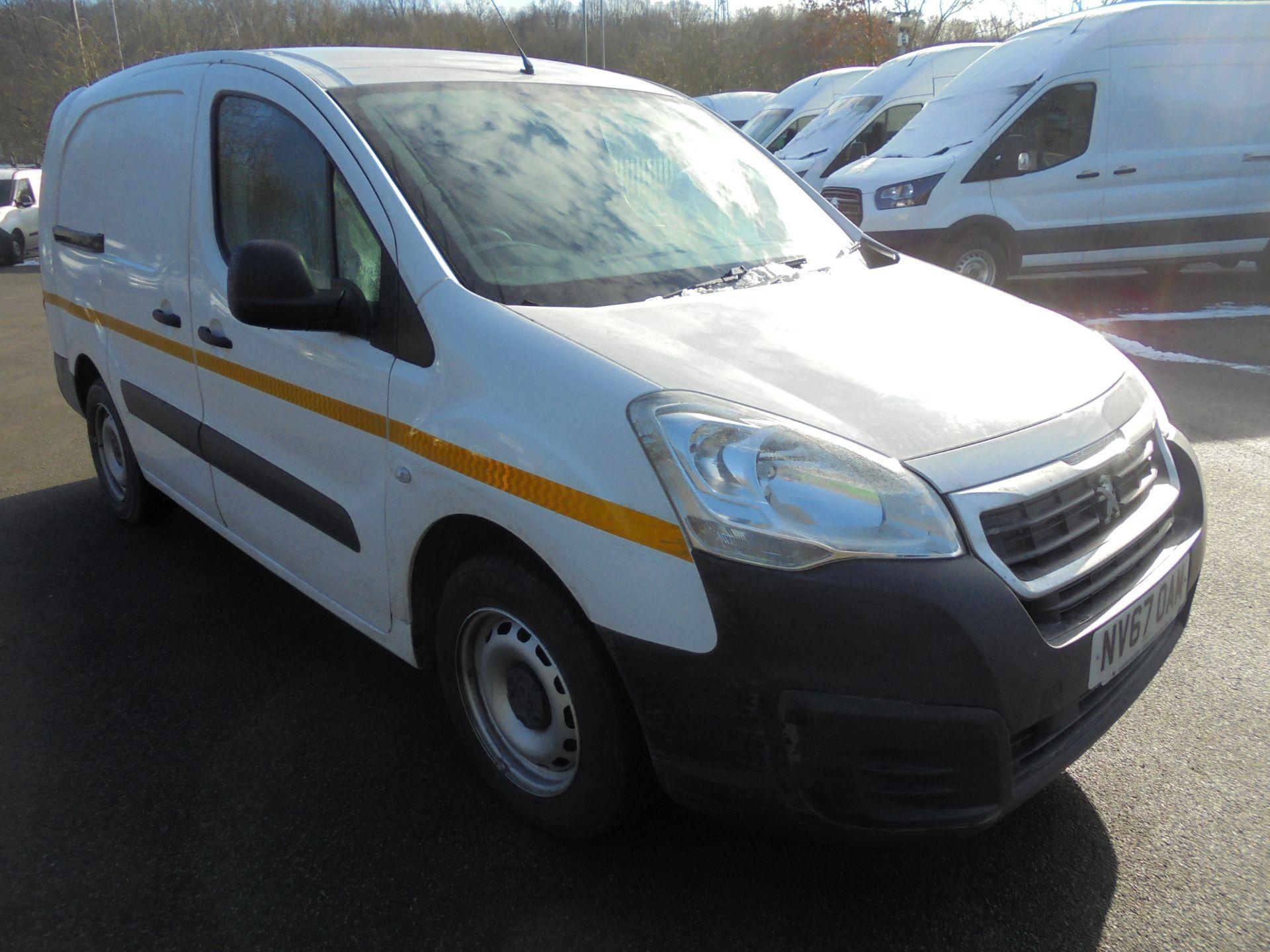 2018 Peugeot Partner 715 S 1.6 Bluehdi 100 Crew Van (NV67OAM)