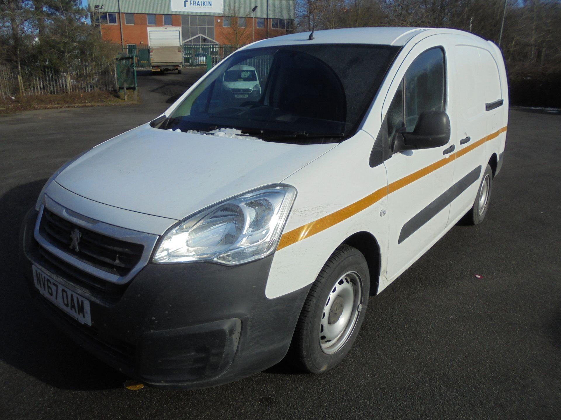 2018 Peugeot Partner 715 S 1.6 Bluehdi 100 Crew Van (NV67OAM) Image 3