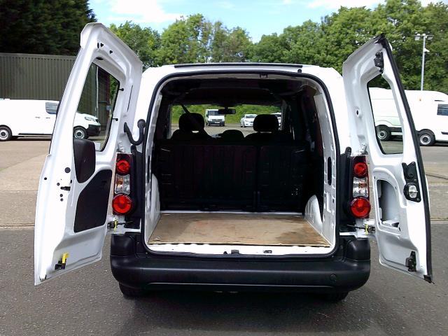 2018 Peugeot Partner 715 S 1.6 Bluehdi 100 L2 Crew Van (NV67OCM) Image 17