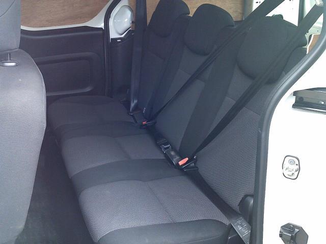 2018 Peugeot Partner 715 S 1.6 Bluehdi 100 L2 Crew Van (NV67OCM) Image 20