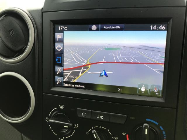 2018 Peugeot Partner L1 850 1.6BLUEHDI 100PS PROFESSIONAL EURO 6 (NV67OJS) Image 11