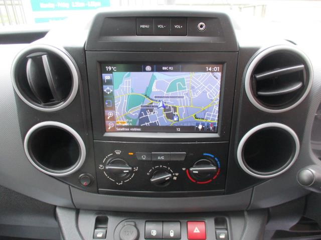 2018 Peugeot Partner L1 850 1.6 BLUEHDI 100 PROFESSIONAL (NON S/S)EURO 6 (NV67ONS) Image 14