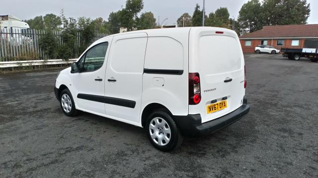 2018 Peugeot Partner 850 1.6 Bluehdi 100 Professional Van [Non Ss] (NV67OYA) Image 5